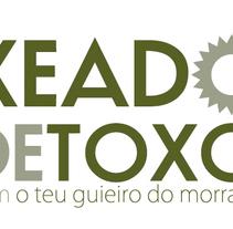 Identidad corporativa y web de Xeado de Toxo. Un proyecto de Diseño, Desarrollo de software e Informática de DESVÍO 21  - 09-06-2010