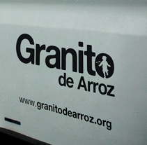 ONG Granito de Arroz. Um projeto de Design, Publicidade, Desenvolvimento de software, Fotografia e UI / UX de Juan Jesús Molina García         - 09.08.2010