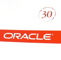 Oracle: Tech Forum '07. A Design, Advertising&Installations project by Pablo Caravaca - 28-10-2010