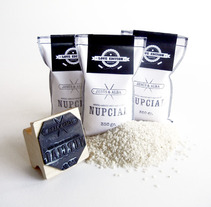 Arroz Nupcial. A Design, Advertising, and Photograph project by menudo studio - 05-02-2013