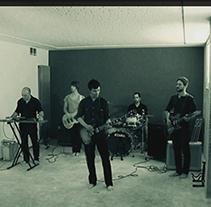 Videoclip Dirt Tracks. Um projeto de Música e Áudio, Motion Graphics e Cinema, Vídeo e TV de Sergi Sanz Vázquez         - 26.09.2013