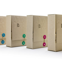 Naming, diseño de marca y packaging | Alpino ArtBox. A Design project by Zoo Studio  - Jan 14 2014 12:00 AM