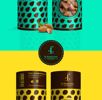 Marca y packaging La Francesca. Un proyecto de Br, ing e Identidad y Packaging de Julio Irrazabal - 11-08-2014