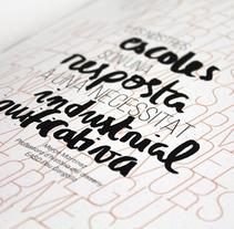 CONILLETS D'ÍNDIES. Um projeto de Design, Br, ing e Identidade, Design editorial, Educação, Design gráfico, Tipografia, Colagem e Caligrafia de Anna Carbonell Sariola - 09-12-2014