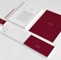 Bodegas San Valero. Um projeto de Br, ing e Identidade, Design gráfico e Web design de Estudio Mique  - 31-07-2013