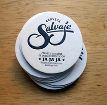 Cerveza Salvaje. A Crafts, Br, ing, Identit, Calligraph, Design, T, and pograph project by Juanjo López - 05.16.2015