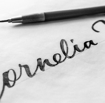 Cornelia James. A Br, ing, Identit, T, pograph, and Calligraph project by Joan Quirós - 02-08-2015