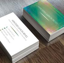 Mercedes García: diseño de tarjeta de visita. A Graphic Design project by Andrea Maestro         - 19.11.2015