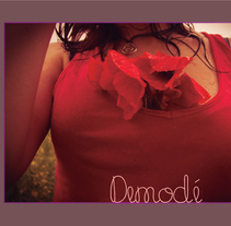 Demodé. A Design, Photograph, Editorial Design, Fashion, and Graphic Design project by Cèlia Ferrer Pujolar         - 20.11.2013