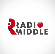Radio Middle Branding. A Design, Br, ing, Identit, and Graphic Design project by Ángel Sáez Bobo         - 23.03.2016