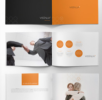 Vistalia brand and publishing. A Editorial Design project by Jose Ribelles         - 13.04.2016
