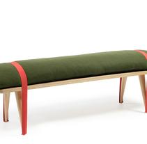 On the road. Un proyecto de Diseño de muebles y Diseño industrial de Stone Designs  - 09-03-2007