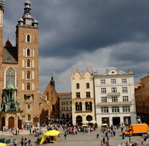 Crónicas Polacas  V: Destino  Kraków (Cracovia). Un proyecto de Fotografía y Eventos de Manuel Pérez  Báñez - 25-08-2016