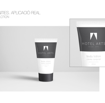 PACKAGING / AMENITIES HOTEL ARTS. A Design, Br, ing, Identit, Packaging, and Product Design project by Leo Alcázar Ros - 24-04-2016