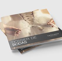 Dossier Bodas para Catalonia Hotels. A Editorial Design project by Lidia Feliz         - 22.10.2017