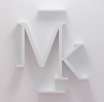 Milenka Clo.. Un proyecto de Fotografía, 3D, Br, ing e Identidad, Moda y Diseño gráfico de Alex Quezada - 31-10-2017