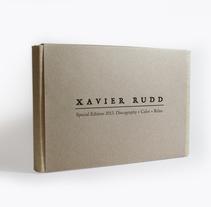 Xavier Rudd \ Diseño editorial & ilustración. Un proyecto de Diseño, Ilustración, Música, Audio, Diseño editorial, Diseño gráfico y Packaging de Borja Román         - 15.03.2018